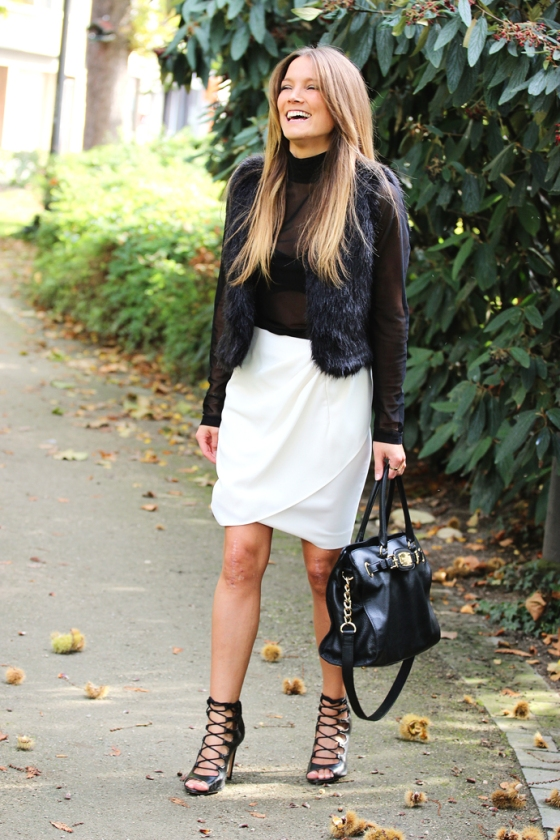 Black & white outfit by Cashmere and Ivory